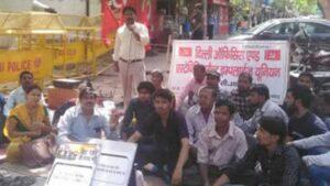 cbse-worker-on-hunger-strike